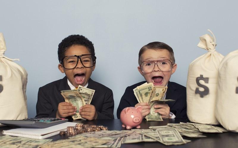 Со скольки лет дают кредит в банках?
